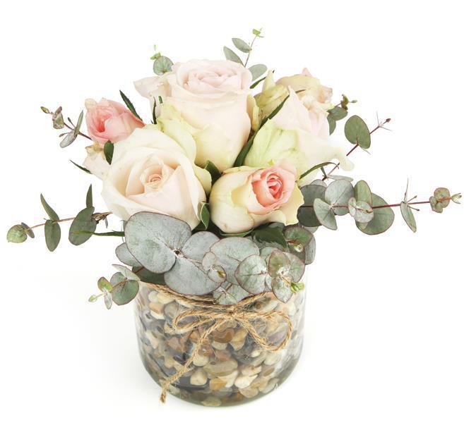 7 Pink Roses in Vase (2)